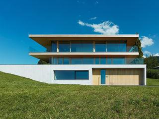 Dietrich | Untertrifaller Architekten ZT GmbH Modern Evler