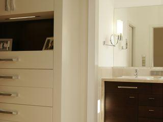 Atelier Schöngestalt Classic style bathrooms