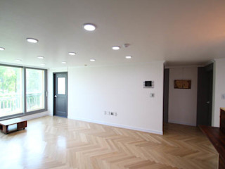 STORY ON INTERIOR Modern living room
