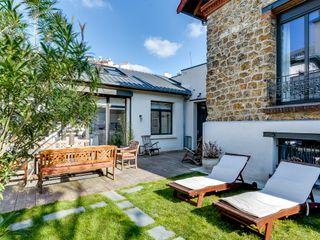 Meero Classic style garden