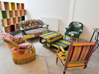 ATELIER D'éco SOLIDAIRE غرفة المعيشةأريكة ومقاعد إسترخاء