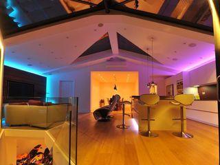 Semi-detached glory hole Paul Wiggins Architects Salones de estilo moderno
