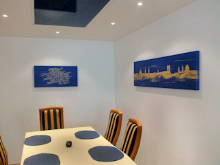 Wohnen & Kunst Sala da pranzo moderna