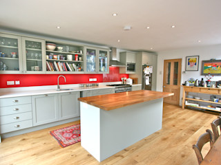 Acton, London Kitchen Laura Gompertz Interiors Ltd Cocinas de estilo moderno Madera Verde