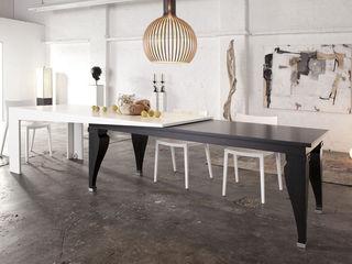 Kißkalt Designs Dining roomTables