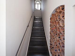 Einwandfrei - innovative Malerarbeiten oHG Pasillos, vestíbulos y escaleras de estilo mediterráneo