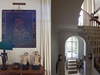 A Traditional English Home Rosangela Photography Ruang Keluarga Klasik