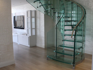 Helical glass staircase, Olympic Tower, New York Siller Treppen/Stairs/Scale 樓梯 玻璃 Transparent