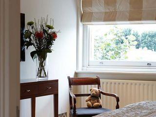 Master Suite Design, Parson's Green, London Residence Interior Design Ltd Будинки
