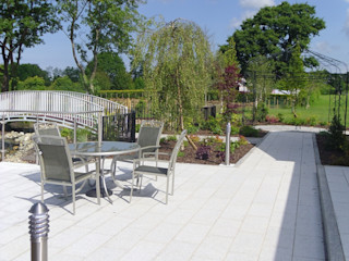 "A Country Garden with ""Style"" Kevin Cooper Garden Design Country style garden"