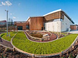 Think Low Carbon Centre Jefferson Sheard Architects Complesso d'uffici moderni
