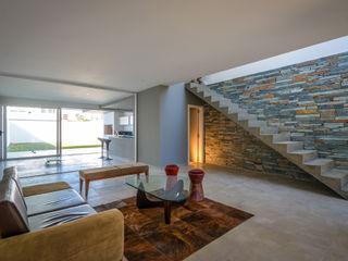 Estudio A+3 Salas de estar modernas