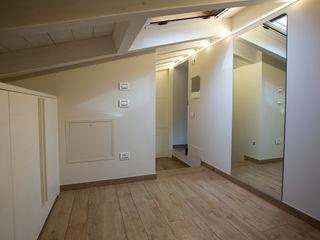 HP Interior srl Dressing roomWardrobes & drawers