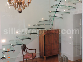 All glass stairs with artistic glass railing Siller Treppen/Stairs/Scale 樓梯 玻璃 Transparent