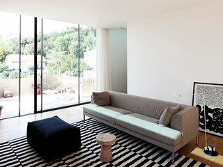 Casa en la Floresta fusina 6 Casas de estilo moderno