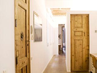Apartamento en el Gótico fusina 6 Casas de estilo moderno