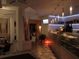 Masi Interior Design di Masiero Matteo Gastronomía de estilo moderno
