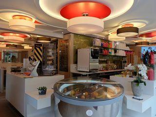 Masi Interior Design di Masiero Matteo Gastronomía de estilo ecléctico