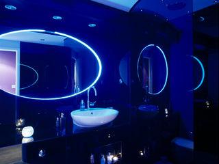 Luxury Penthouse London Quirke McNamara Baños de estilo moderno Negro