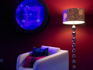 Luxury Penthouse London Quirke McNamara Dormitorios de estilo moderno Rojo
