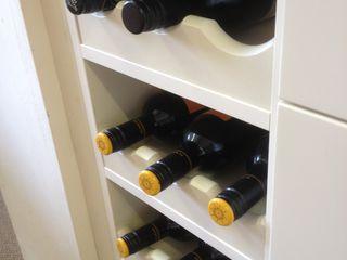 Cream shaker with black granite worktops Henley McKay Kitchens KitchenCabinets & shelves