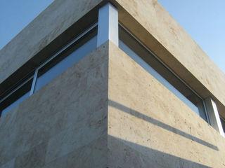 ESTUDIO GEYA Minimalistische Häuser