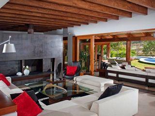 Taller Luis Esquinca Moderne woonkamers