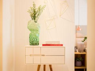 Bloom Arquitetura e Design BedroomAccessories & decoration