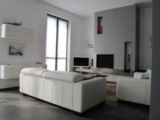 Ristrutturazione Villa Meina Matteo Verdoia Architetto Soggiorno moderno