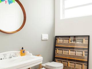 Mauricio Arruda Design Eclectic style bathroom
