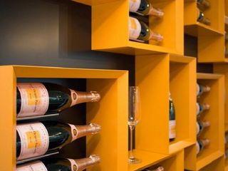 Esigo 5, la libreria del vino Esigo SRL Cantina Legno