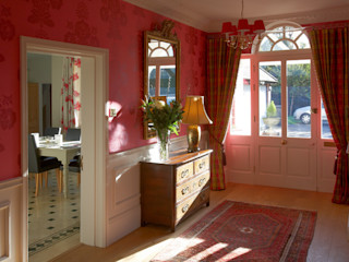 Entrance Hall in Country House Barkers Interiors Classic style corridor, hallway and stairs