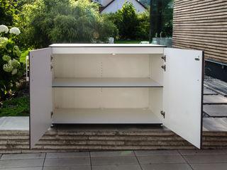 design@garten - Alfred Hart - Design Gartenhaus und Balkonschraenke aus Augsburg Balcon, Veranda & TerrasseMobilier