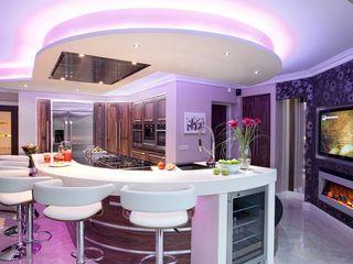 Modern Kitchens Kitchens Continental Ltd KitchenCabinets & shelves