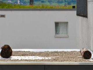 design@garten - Alfred Hart - Design Gartenhaus und Balkonschraenke aus Augsburg Maisons modernes Bois composite