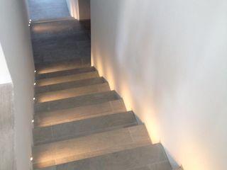 Ivan Torres Architects Koridor & Tangga Modern