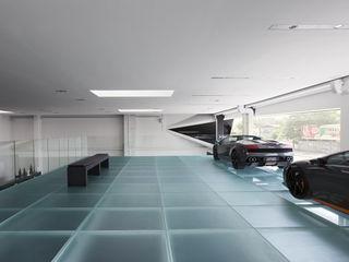 Madras®Flooring, il vetro antiscivolo certificato Vitrealspecchi Spa Concessionarie d'auto moderne