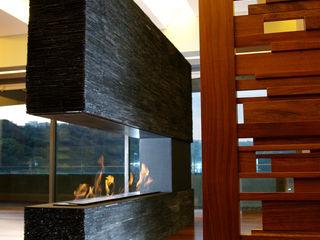 ArquitectosERRE Living roomFireplaces & accessories