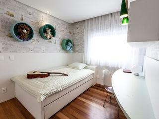 Tikkanen arquitetura Modern style bedroom