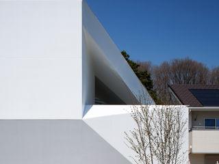 EN.Architecture+Design (エン・アーキテクチャー+デザイン) Casas de estilo moderno