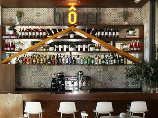 Vade Studio SC Bars & clubs modernes