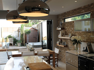 MR & MRS DELANEY'S KITCHEN Diane Berry Kitchens Cocinas modernas: Ideas, imágenes y decoración