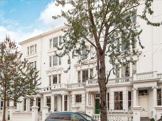 Palace Gardens Terrace - London W8 Spiering & Co