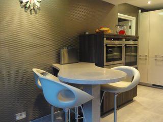 MR & MRS LAWLESS KITCHEN Diane Berry Kitchens Cucina moderna