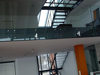 HOME DESIGN 1 Planungsbüro GAGRO Industrialer Flur, Diele & Treppenhaus