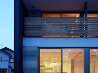 T邸 Osamu Sano Architect & associates オリジナルな 家