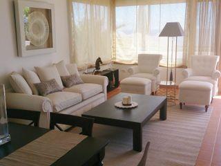 Proyecto decoración villa con estilo clásico Tatiana Doria, Diseño de interiores Casas de estilo clásico