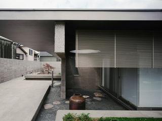 VILLA GAMAGORI JWA,Jun Watanabe & Associates Modern living room