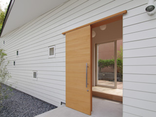 ウタグチシホ建築アトリエ/Utaguchi Architectural Atelier Modern Houses