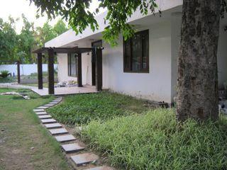 Luxury Villa DESIGN5 Modern houses